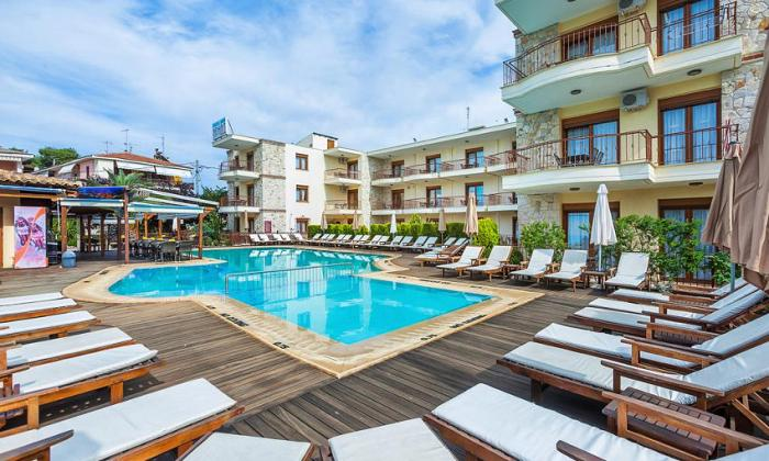 Nereides Hotel | Χανιώτη, Χαλκιδική
